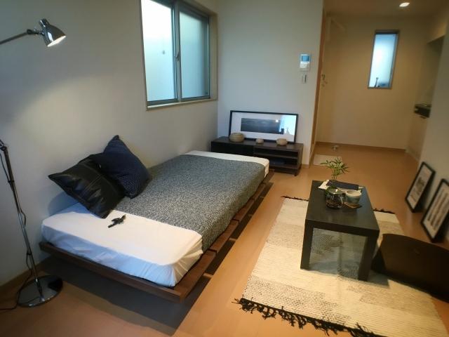 ワンルームに最適なベッドって?気をつけるべきポイントと部屋を広く使う方法