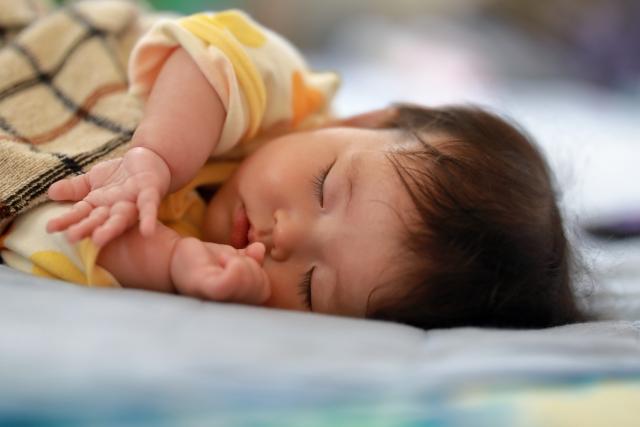 赤ちゃんとの添い寝を快適にするポイント
