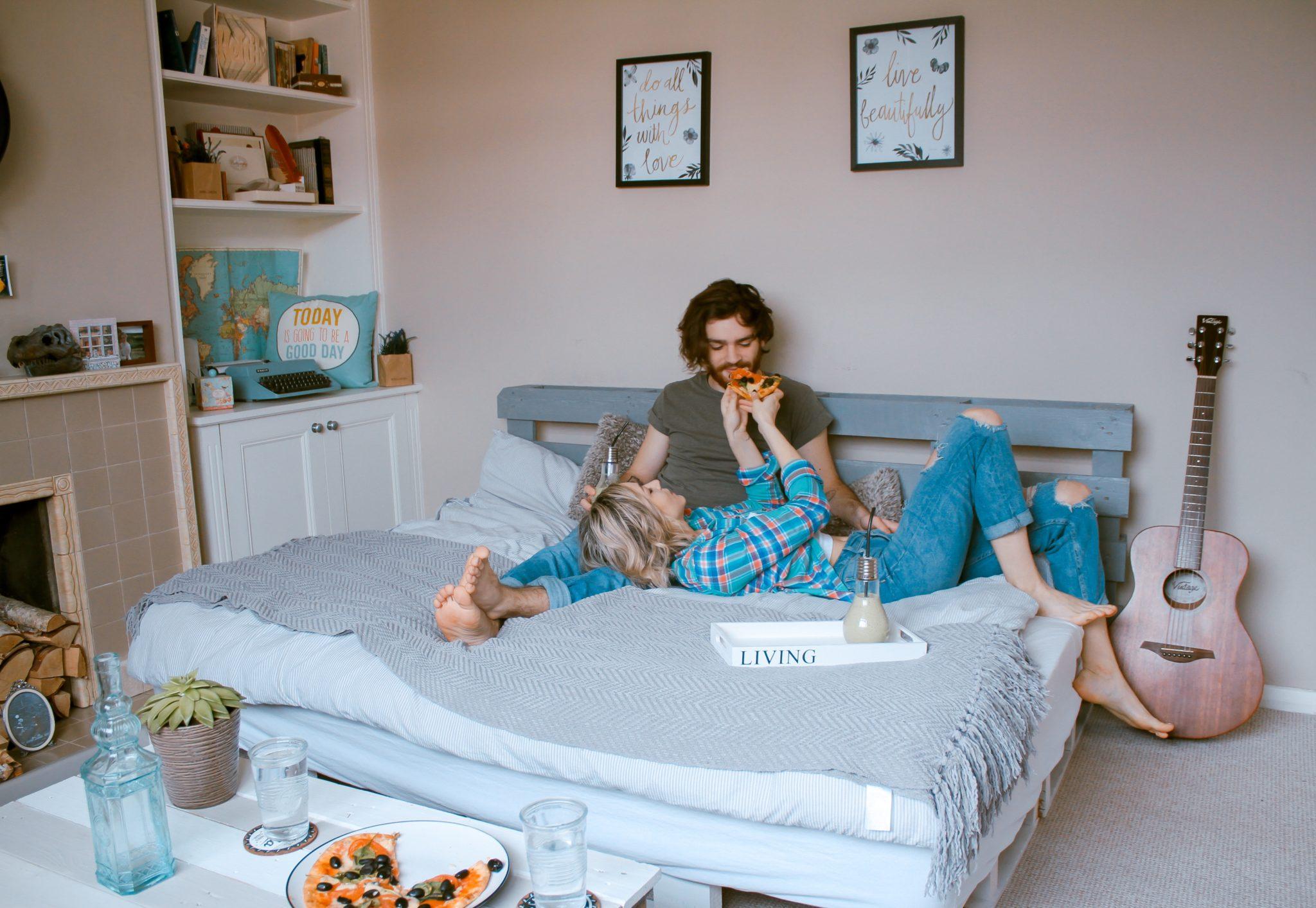 同棲している場合のベッドはどれがいい