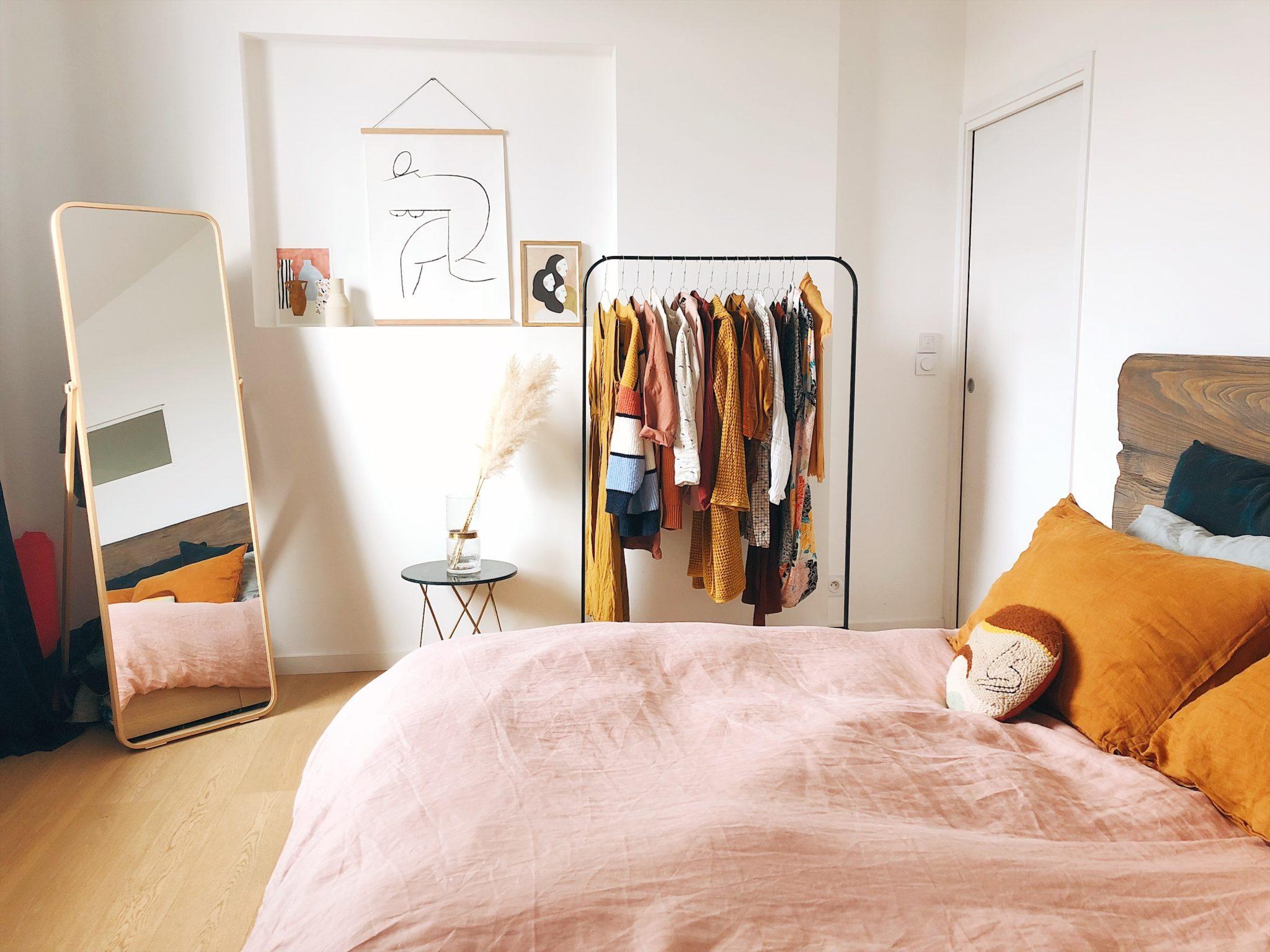湿気の多いお部屋のべッドの選び方